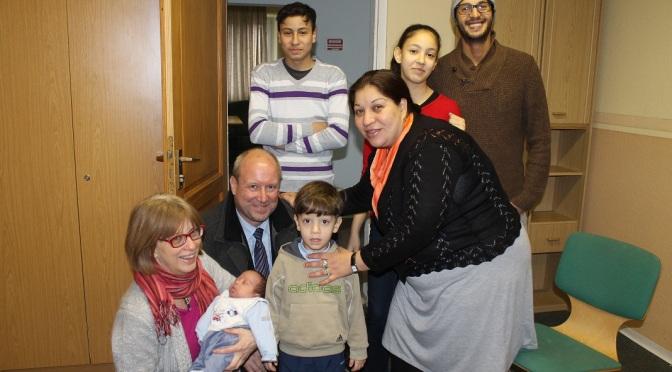 Bürgermeister besucht Flüchtlinge