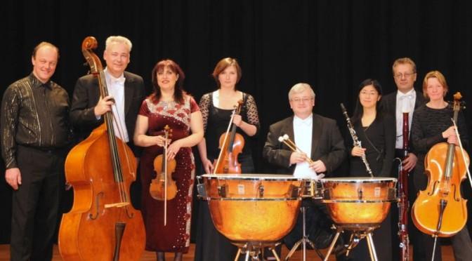 Eberswalder Salonorchester spielt moderne Klassiker in Gubens Alter Färberei