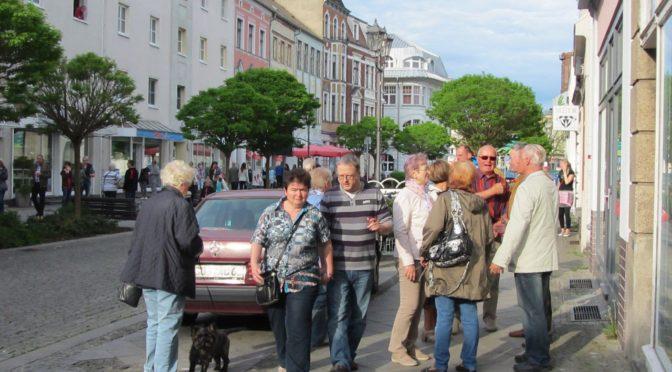 """Innenstadt-Händler starten """"schwungvoll in den Mai"""""""