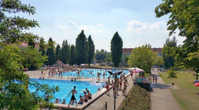 Gubener Freibad startet mit freiem Eintritt in die Saison