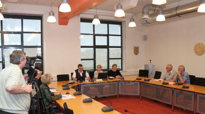 Ausschuss stellt Ergebnis zur Bürgermeisterwahl fest – Stichwahl nötig